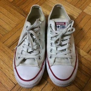 Converse white sneakers sz 7